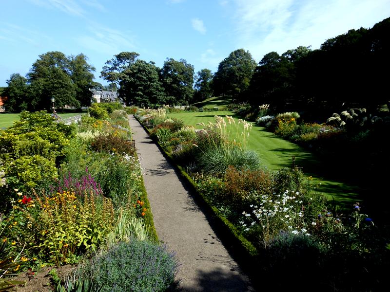 Dirleton Castle Herbaceous garden