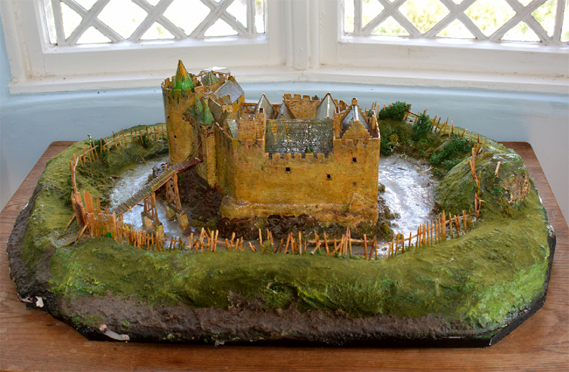 Dirleton Castle model side view