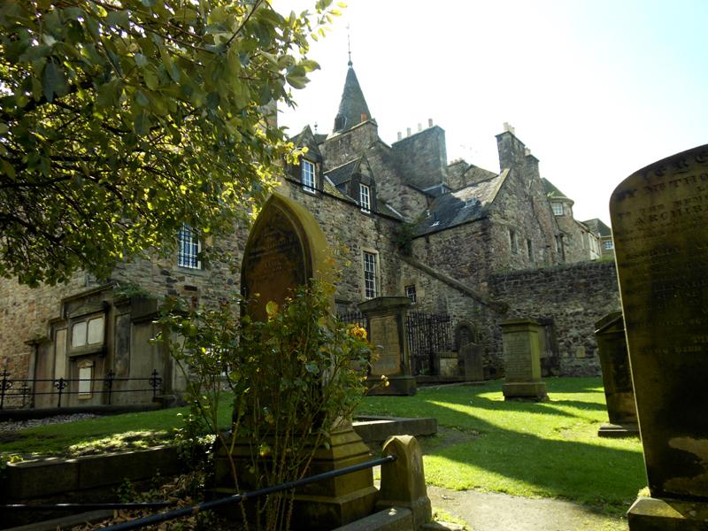 Edinburgh Canongate kirkyard © 2012 Scotiana
