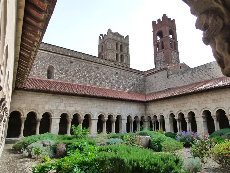 Elne Abbey in Roussillon © 2012 Scotiana
