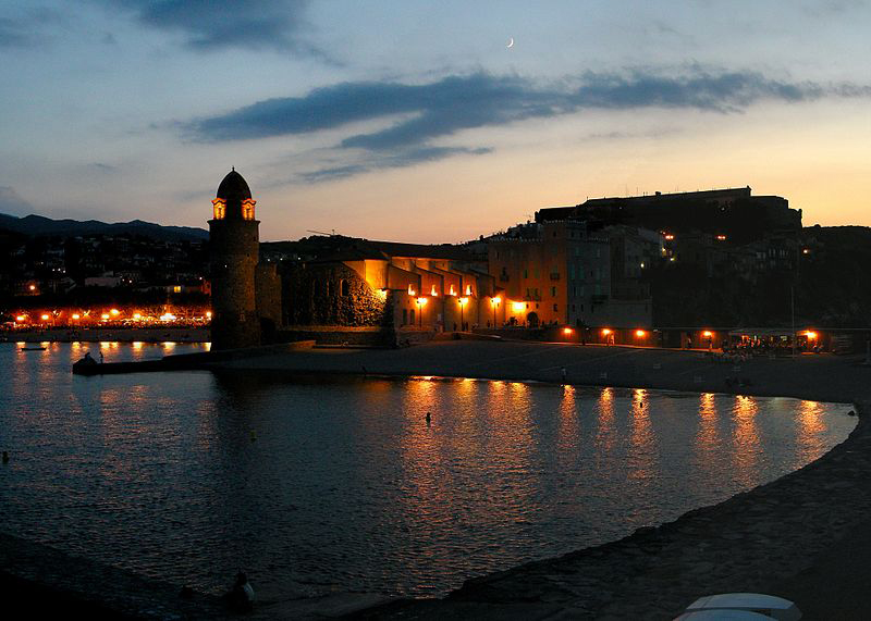 Twilight in the old fishing village of Collioure Source Wikimedia