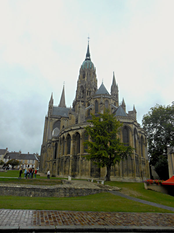 Bayeux Cathedral  © 2013 Scotiana