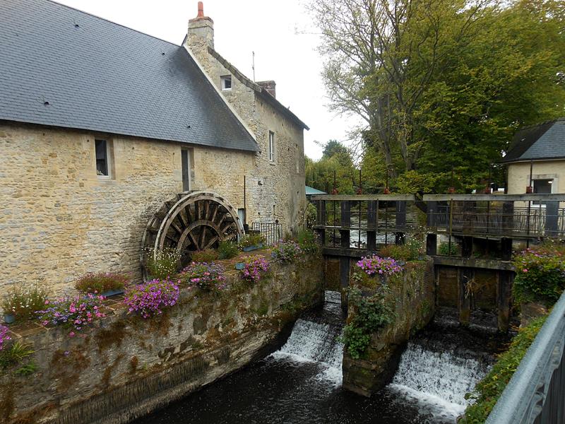 Bayeux Le Moulin de la Galette © 2013 Scotiana