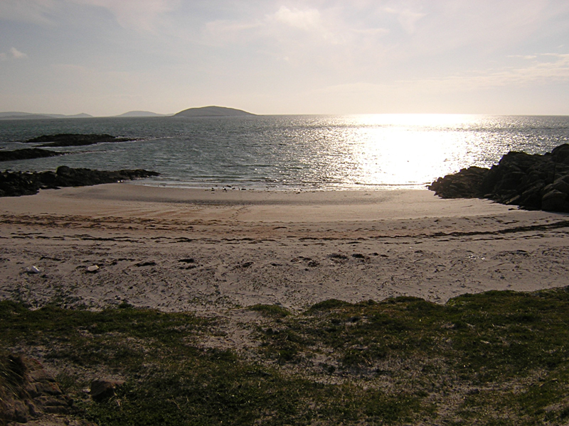 Bonnie Prince Charlie beach in Eriskay Outer Hebrides © 2004 Scotiana