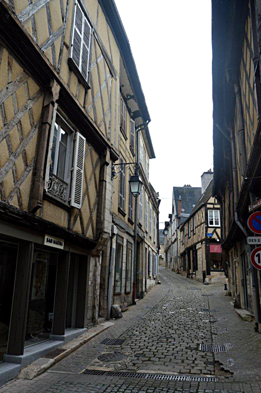 Half-timbered old houses in Bourges © 2014 Scotiana