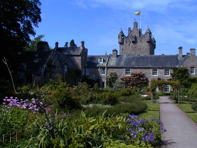 Cawdor Castle Scotland JC 2000 Ecosse
