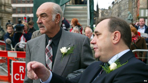Alex Salmond and Sean Connery BBC News
