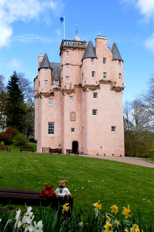 Craigievar Castle mascots © 2015 Scotiana