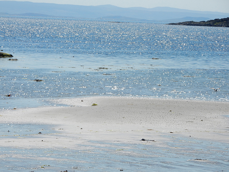 Blue waters off the coast of Jura Isle  © 2015 Scotiana