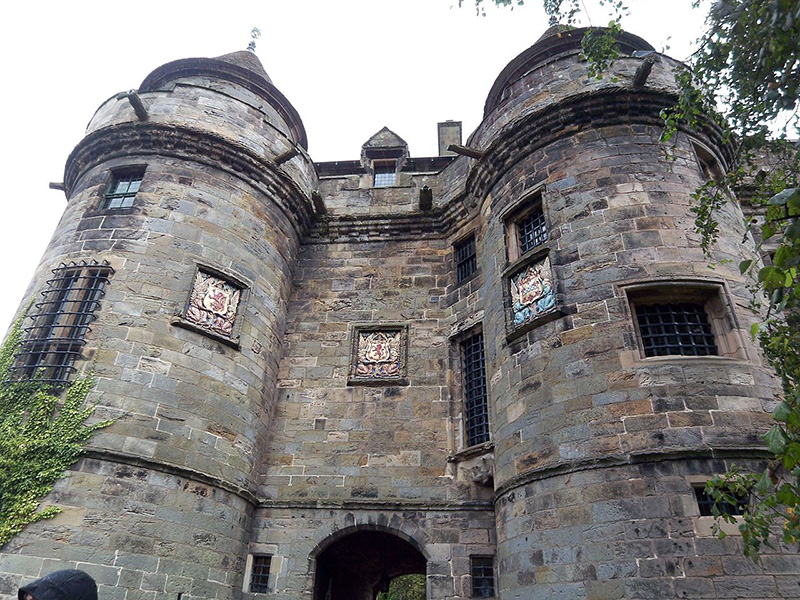 Falkland Palace The Gatehouse Wikimedia