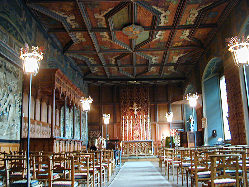 Falkland Palace Chapel Royal © 2003 Scotiana
