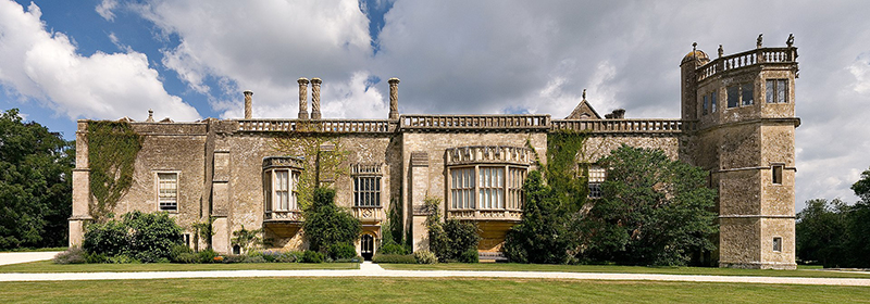 Lacock Abbey view from south photo by Jurgen Matern -Wikipedia