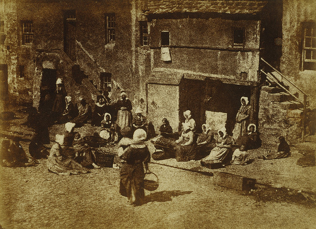 St_Andrews,_North_Street,_Fishergate,_Women_and_Children_Baiting_the_Line