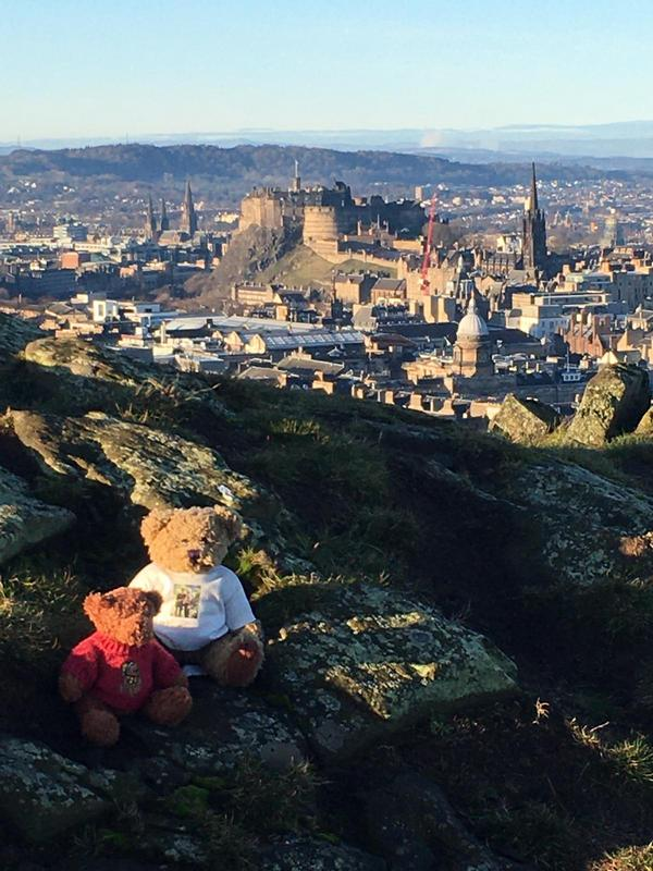 Edinburgh view from Salistury Crags mascotts © 2019 Scotiana