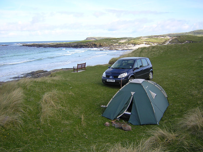 Wild camping on the Isle of Barra in the Outer Hebrides © 2004Scotiana
