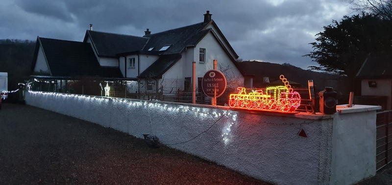 House for sale luminous toy train in the Highlands © 2019 Scotiana